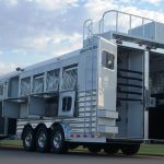5 Horse Gooseneck Slant Load with Living Quarters