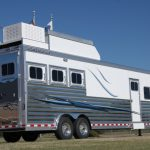 3 Horse Gooseneck Slant Load Trailer with Living Quarters