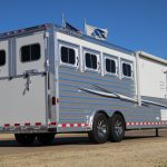 4 Horse Mustang Living Quarters