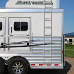 3 Horse Mustang Living Quarters - Added Aerodyne Nose Hay Rack and Side Access Ladder