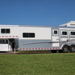 3 Horse Mustang Living Quarters