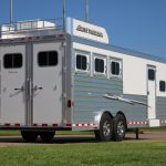 3 Horse Mustang Living Quarters - Added Aerodyne Nose Hay Rack