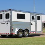 2 Horse Gooseneck Strait Load - Standard 20 inch X 48 inch Windows on Streetside and Curbside