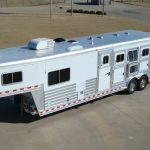 4 Horse Gooseneck Slant Load with Living Quarters